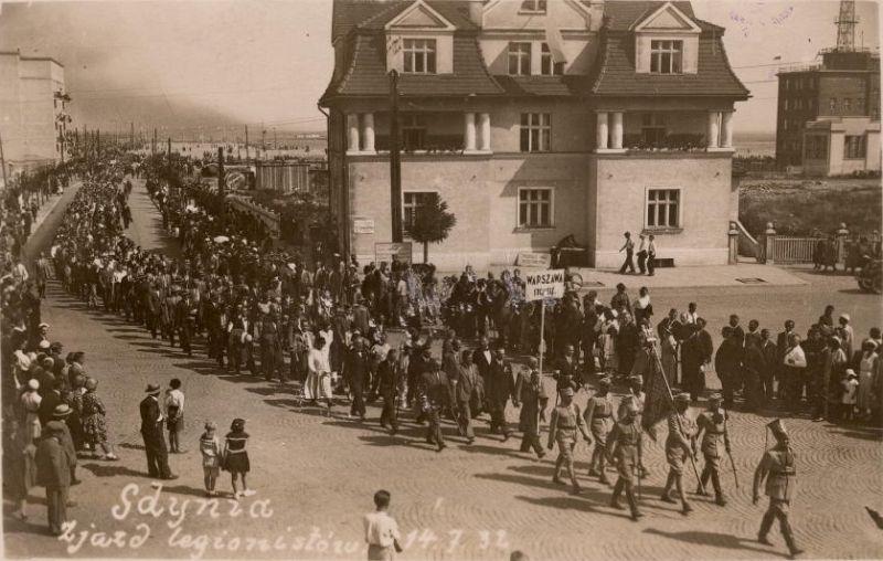 http://wolneforumgdansk.pl/files/gdynia_zjazd_legionistw_1_182.jpg
